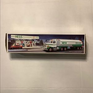 Hess Toy Tanker Truck 1990 New